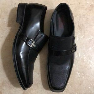 Other - Men's Black Dress Shoes with Silver Buckle